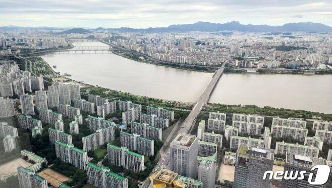 한강변 아파트  2020.7.29/뉴스1