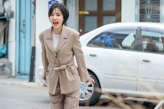 얼떨결에 짬뽕엔터테인먼트를 시작하게 된 이민재. [사진 tvN]