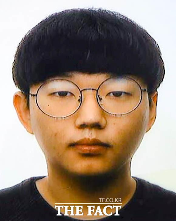 경찰이 지난 5월 13일 공개한 n번방 운영자 문형욱의 얼굴. /경북지방경찰청 제공