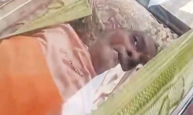 죽은 줄로만 알았던 노인이 차가운 냉동보관함에서 눈을 떴다. 14일(현지시간) NDTV는 인도의 한 70대 남성이 시신보관함에서 20시간 만에 구조돼 병원으로 옮겨졌다고 보도했다./사진=NDTV 캡쳐