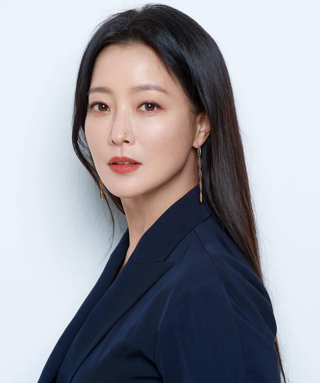배우 김희선/ 사진제공=힌지엔터테인먼트 © 뉴스1