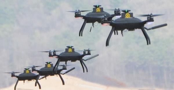 한국 육군이 시연한 드론봇 비행 장면. 육군 제공