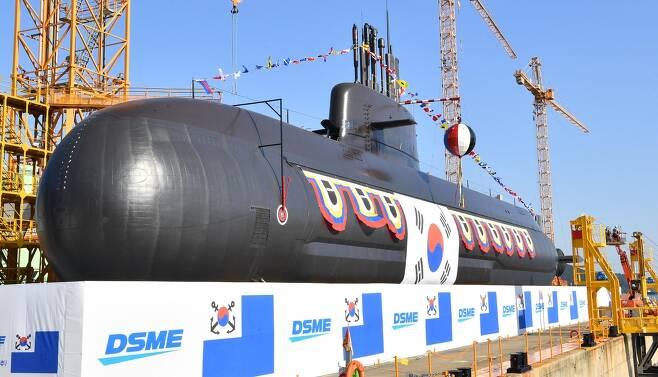 국내 두 번째 3천t급 잠수함 '안무함' 진수 [해군 제공, 재판매 및 DB 금지]