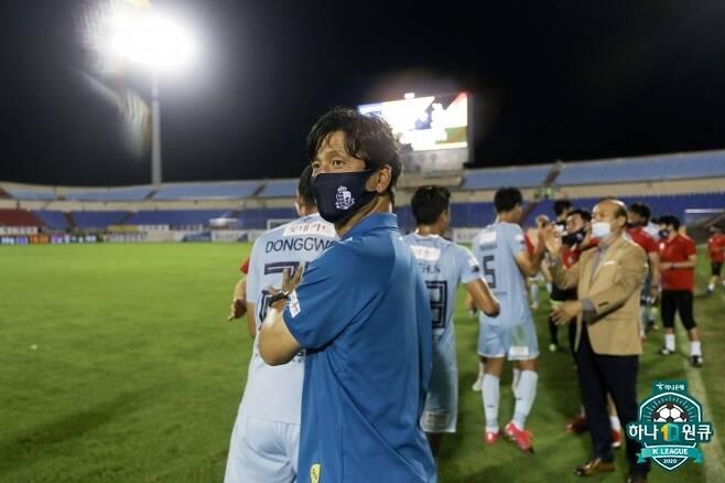 정정용 감독의 서울 이랜드는 끝까지 이변을 완성할 수 있을까(한국프로축구연맹 제공) © 뉴스1