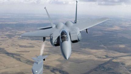 KF-X가 장거리 공대지미사일을 발사하는 장면 개념도.