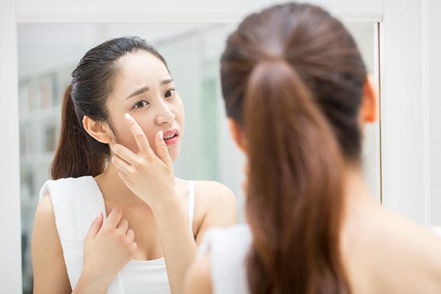 얼굴은 다른 신체 부위보다 지방이 더 빨리 분해돼 살이 잘 빠진다./사진=클립아트코리아