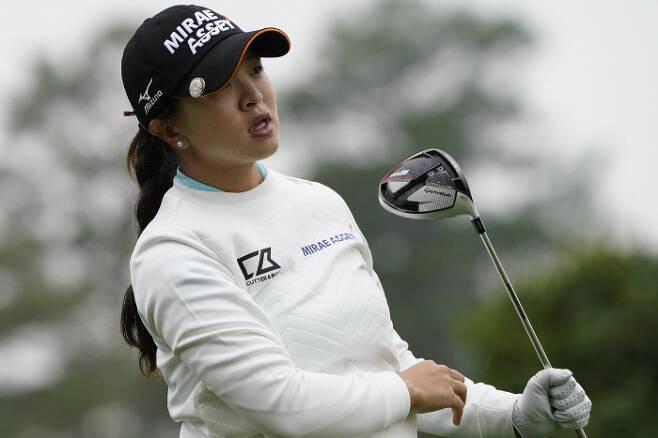 김세영의 트리플 크라운 행보에 제동이 걸렸다. LPGA 투어 평균 타수 1위에 오르더라도 규정 라운드를 채우지 못해 베어트로피를 수상하지 못할 전망이다.AP|연합뉴스