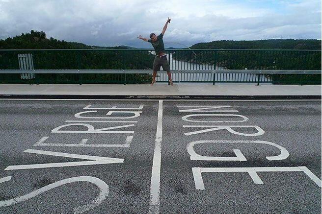 스웨덴과 노르웨이 사이의 경계. [사진 출처 = http://blog.naver.com/sosohaneyg/220636021722]