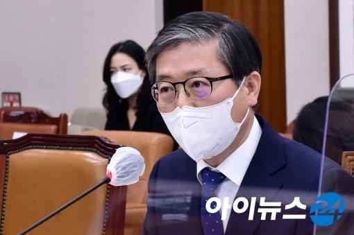 변창흠 국토교통부 장관 [사진=정소희기자]