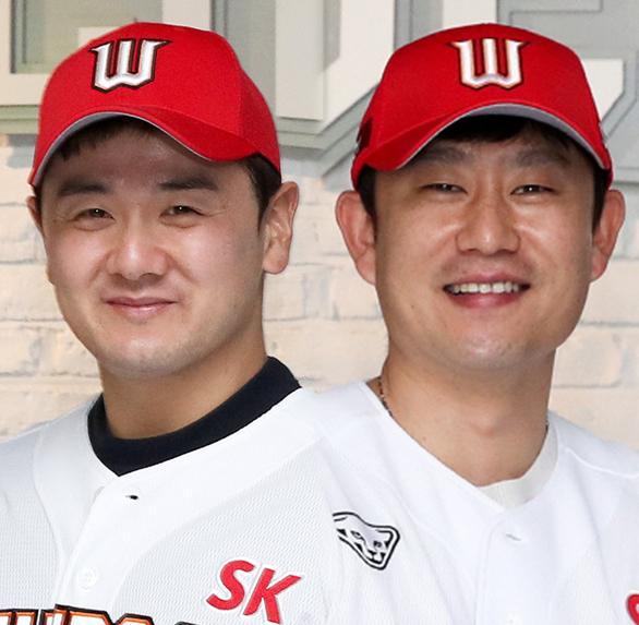 SK 최주환-김상수. ⓒSK와이번스