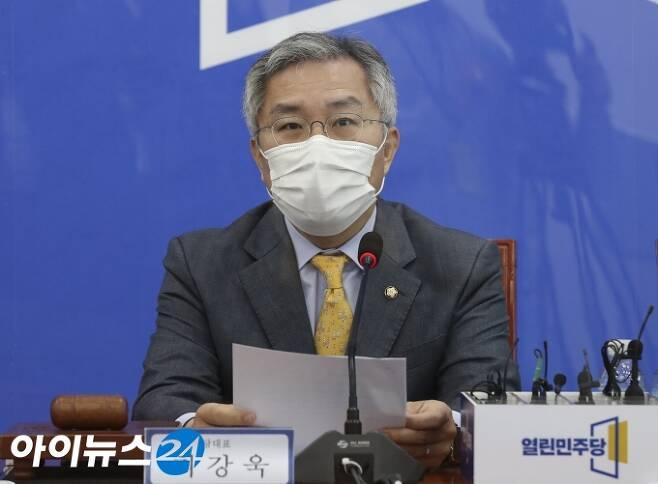 최강욱 열린민주당 대표. [조성우 기자]
