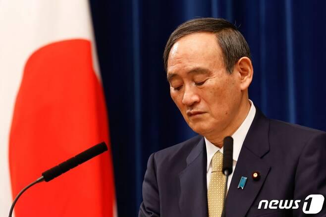 스가 요시히데 일본 총리. © AFP=뉴스1