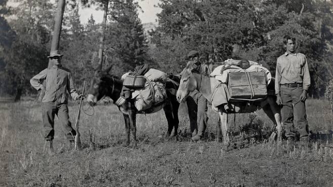 조셉 그린넬 박사는 1900년 초에 캘리포니아 지역 사막을 횡단하면서 연구를 진행했다. [사진=MUSEUM OF VERTEBRATE ZOOLOGY/UNIVERSITY OF CALIFORNIA]