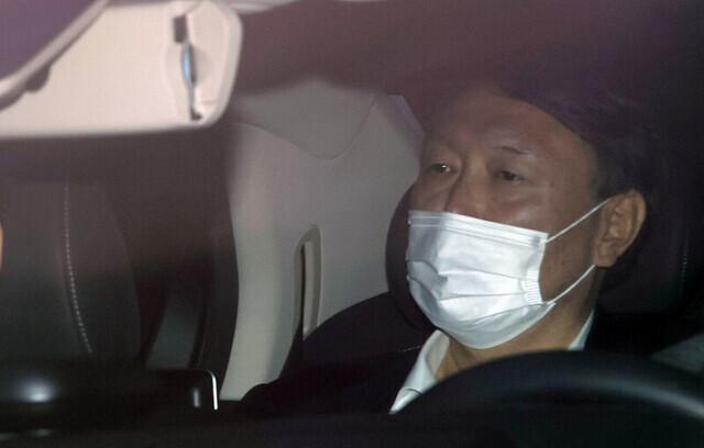 지난해 11월, 윤석열 검찰총장이 서울 서초구 대검찰청으로 출근하고 있다. 연합뉴스