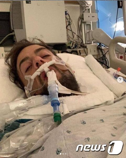 지난 24일 괴한에게 총을 맞고 의식을 잃었던 레이디 가가 반려견 산책인 라이언 피셔가 의식을 찾고 회복중이다(인스타그램 갈무리)© 뉴스1
