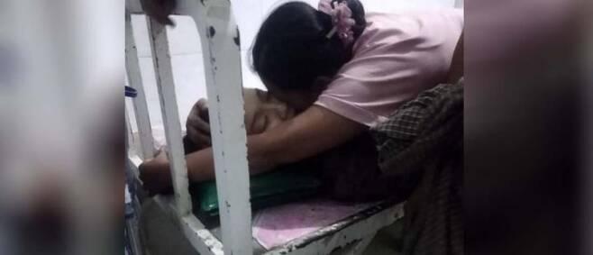 친구 집에 있다가 미얀마군의 저격으로 숨진 여고생 [이라와디 웹사이트 캡처. 재판매 및 DB 금지]