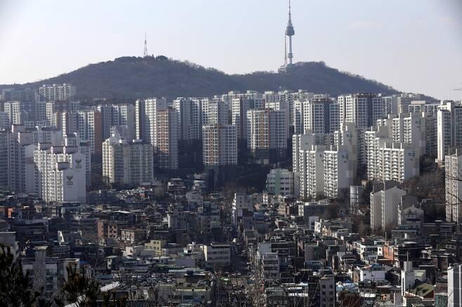 서울 성동구 금호동의 아파트와 저층 주거지. 경상북도 제공