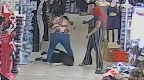 감시 카메라에 찍힌 폭행 사건 당시 현장 상황[미국 해리스카운티 경찰 제공]