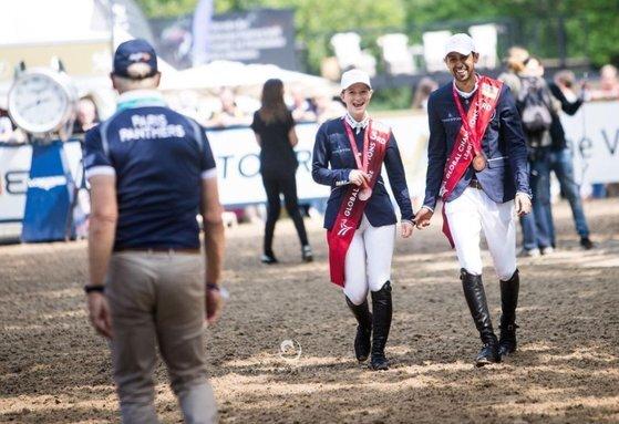 두 사람은 승마란 공통된 관심사를 통해 가까워졌다. 함께 대회에 출전했을 때 모습. [제니퍼 인스타그램 캡처]