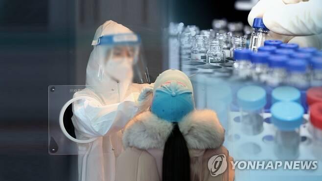 코로나19 검사 - 백신 (CG) [연합뉴스TV 제공]