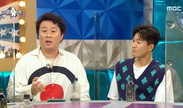 지난 12일 MBC 예능프로그램 '라디오스타'에서 입담을 늘어놓고 있는 정준아. 오른쪽은 김종민., (방송 화면 갈무리) © 뉴스1