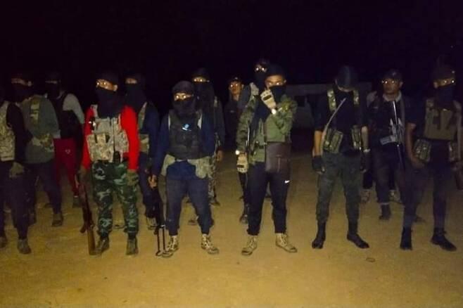 무장 수준을 강화한 따무시민방위군 대원들 모습. [TPDF 제공. 재판매 및 DB 금지]