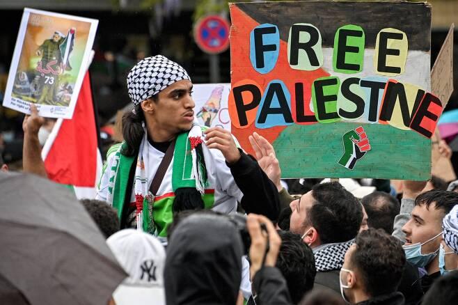 독일 쾰른에서도 15일 팔레스탄 지지 집회가 열렸다. EPA=연합뉴스