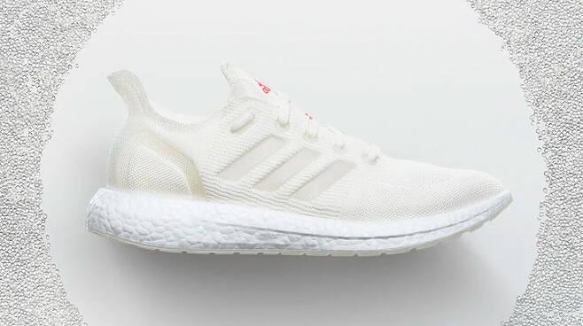출처: Adidas Futurecraft Loop