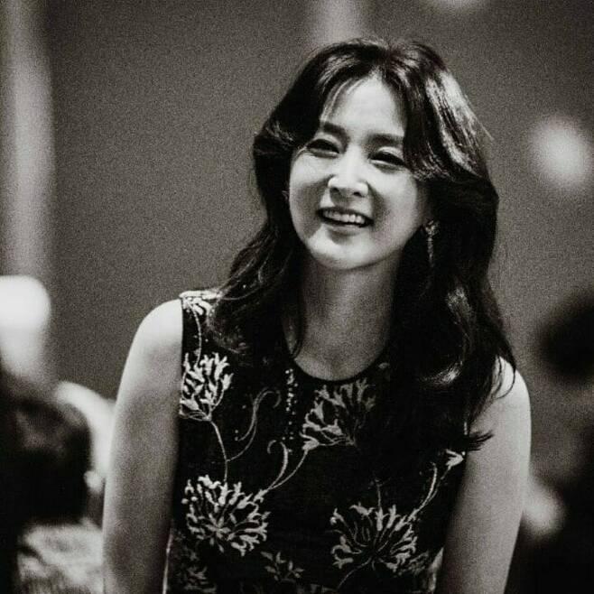 출처: 이영애 인스타그램