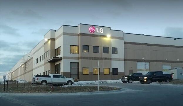 출처: LG전자가 2018년 만든 미시간주 배터리팩 공장. 최근 이곳 생산시설이 LG화학으로 넘어간다는 보도가 외신을 통해 나왔다.