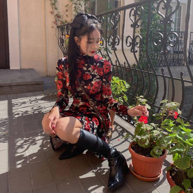 출처: @지그재그_la vie en rose velvet dress