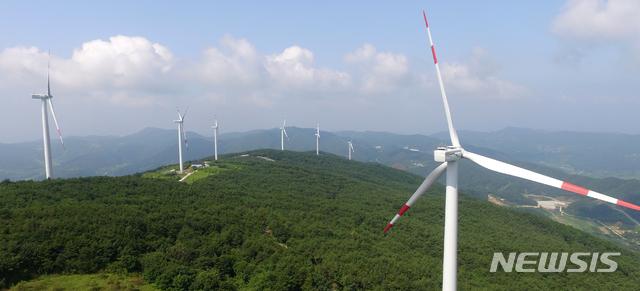 [거창=뉴시스] 거창군 풍력발전소.