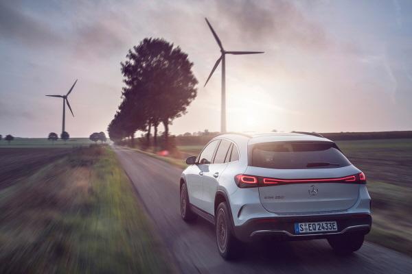 벤츠, 소형 전기 SUV `더 뉴 EQA` 국내 공개…7월 출시 예정 [사진제공=벤츠코리아]