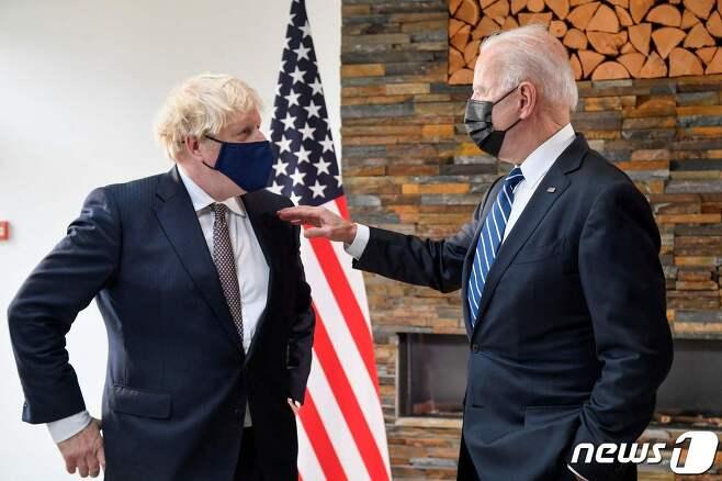 보리스 존슨 영국 총리(왼쪽)와 조 바이든 미국 대통령. © AFP=뉴스1