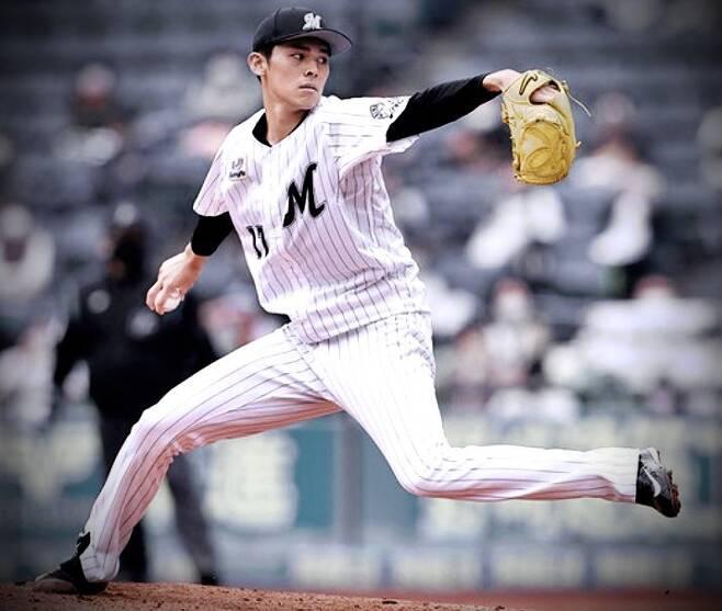 사사키가 1군 데뷔 이후 최고 구속인 155km를 찍었다. 괴물의 진화에 일본 야구계도 들썩이고 있다.           사진=지바 롯데 SNS