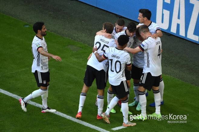 득점 후 세레머니 중인 독일 대표팀. Getty Images 코리아