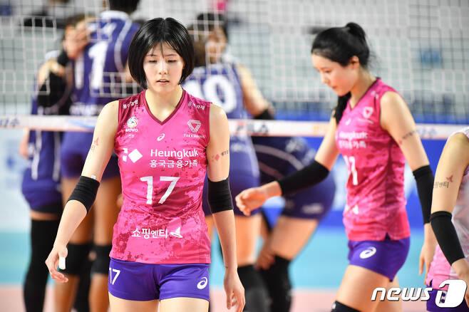 이재영(왼쪽)과 이다영. (한국배구연맹 제공) © 뉴스1