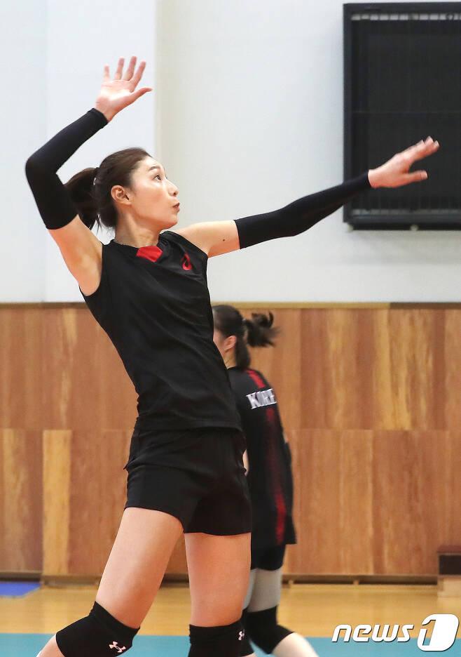 여자 배구대표팀의 김연경. /뉴스1 © News1 임세영 기자