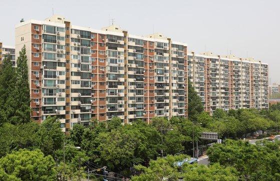 서울 강남구 압구정 현대아파트 모습. 2021.5.7/뉴스1