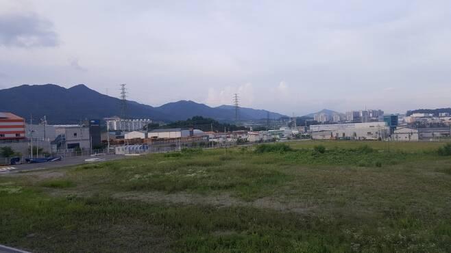 충북 제천시에 위치한 한 농공단지 전경/사진=안재용 기자