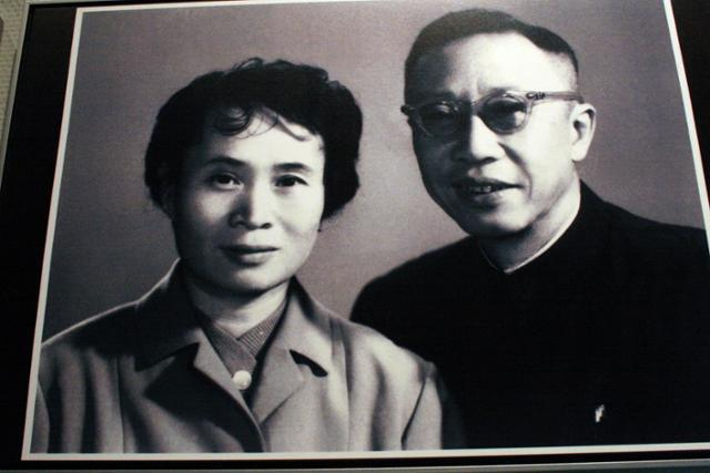 창춘의 위만황궁박물관에 걸려 있는 푸이와 리수센 사진. ⓒ최종명