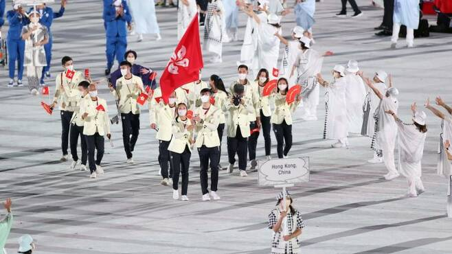 지난 23일 도쿄올림픽 개막식 당시 홍콩선수단이 입장하는 모습. (출처: 신화사)