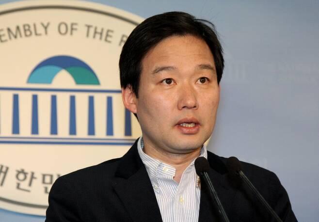신지호 전 의원 [연합뉴스 자료사진]