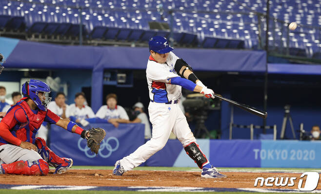 한국 야구 대표팀의 4번타자 양의지. /뉴스1 © News1 송원영 기자