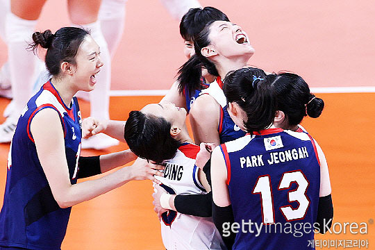한국 여자배구 대표팀은 8월 6일 2020 도쿄 올림픽 준결승 브라질과의 경기를 치른다(사진=게티이미지코리아)