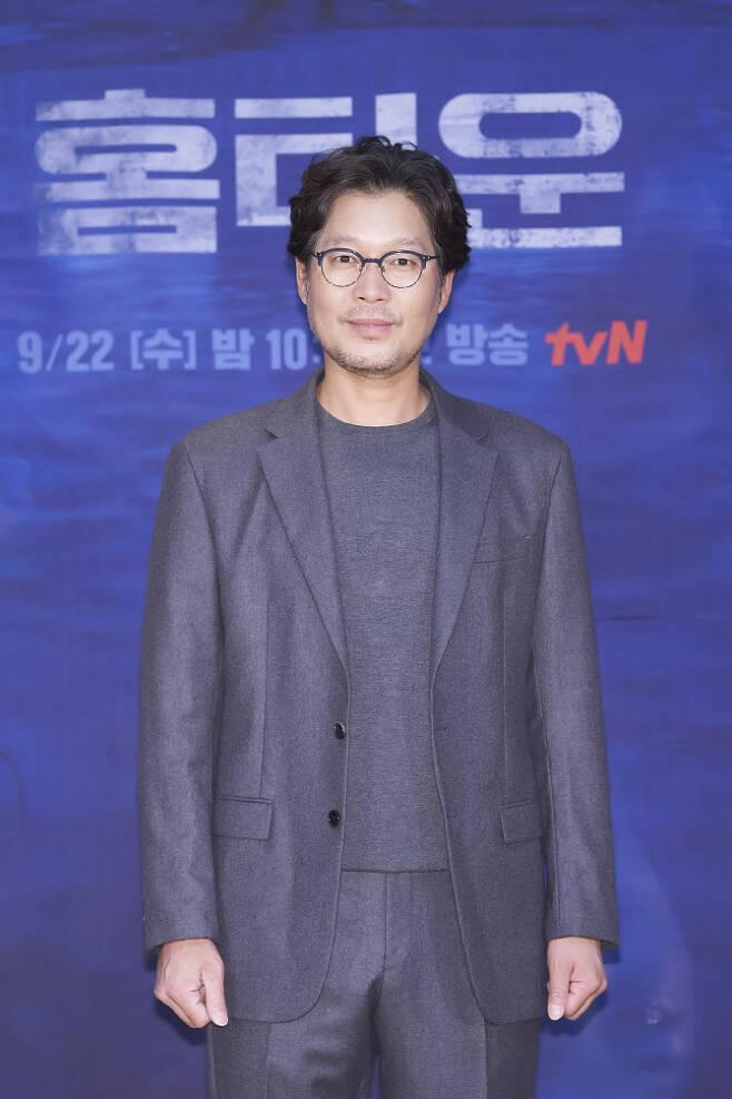 유재명(사진=tvN)