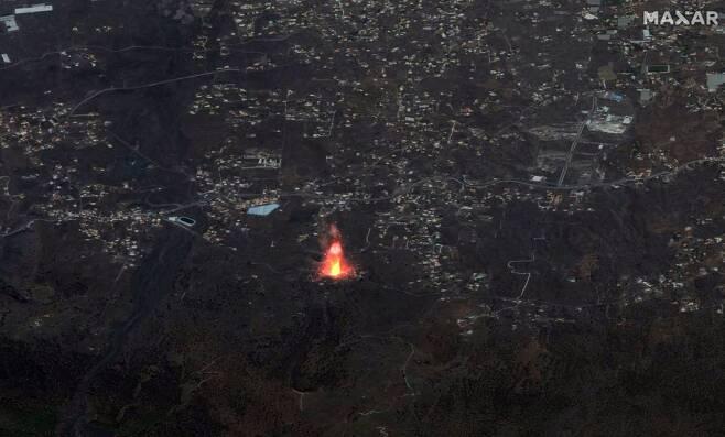 민간 인공위선업체 막서 테크놀러지가 촬영해 공개한 라팔마섬 대규모 화산폭발
