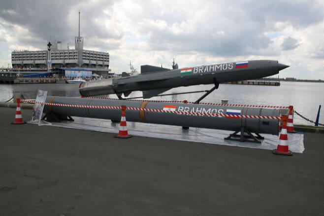러시아 P-800 기술을 토대로 인도가 개발한 브라모스 초음속 순항미사일. 세계일보 자료사진