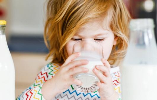 강력하게 열처리한 유제품을 많이 섭취하면 천식 위험이 커질 수 있다는 연구 결과가 발표됐다