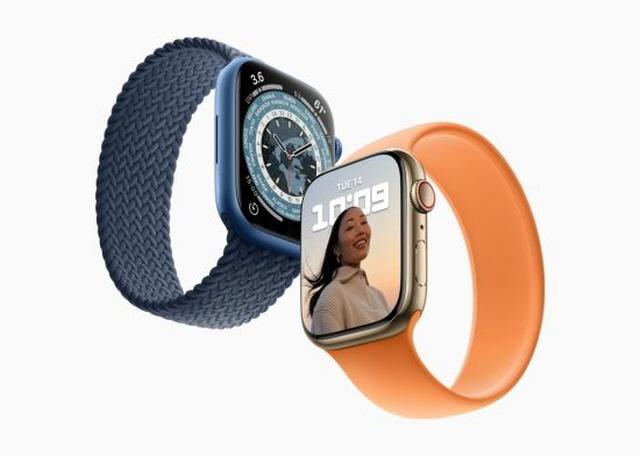 애플이 '애플워치7' 출시가 다가오면서 삼성전자의 '갤럭시워치4'와의 정면승부가 예상된다. /애플 제공